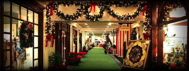 Holiday Shopping At The Greenbrier White Christmas