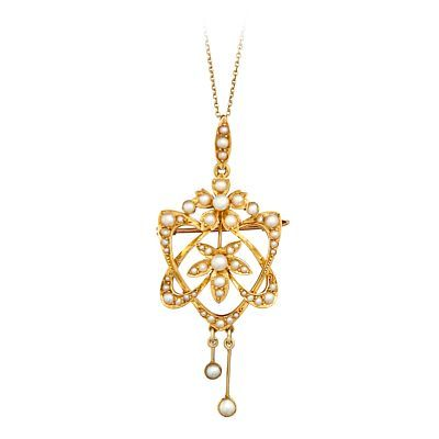 PENDANT WITH CHAIN  Gold. 15 K.  Executive with 50 cultured / pearls from 1.2 to 3.0 mm. Early 1900s.  Total weight: 4.3 g.  Chain in gold 14 K.