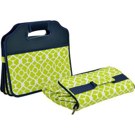 Keep your trunk clutter-free with this stylish organizer, featuring 3 storage compartments and 2 pockets. Comes with a removable insulated cooler.