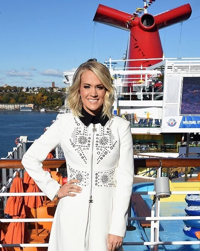 @carrieunderwood in NY helping send off the new Carnival Vista ship!! #carnivalcruise