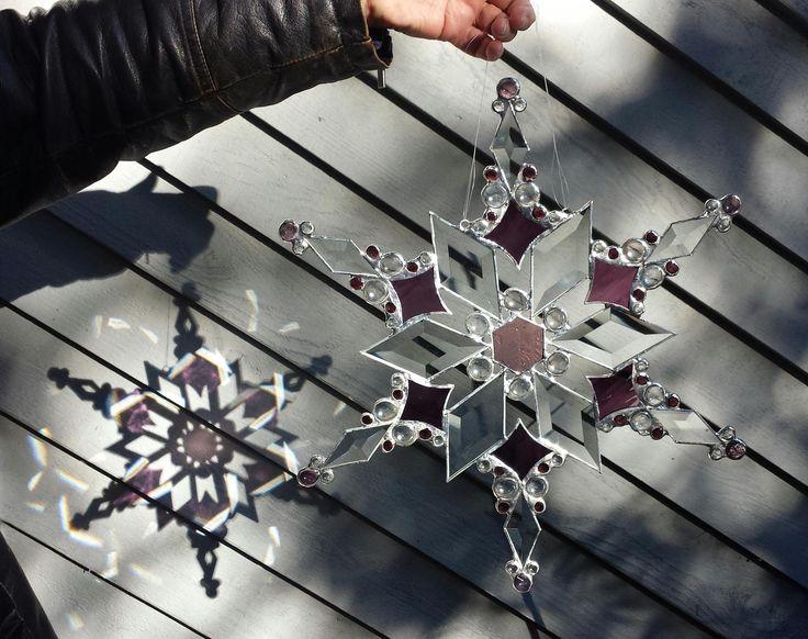 Purple Snowflake - Delphi Artist Gallery