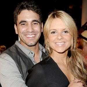 Season 6 Bachelorette Ali Fedotowski chose Robert Martinez  www.thefirst10minutes.com