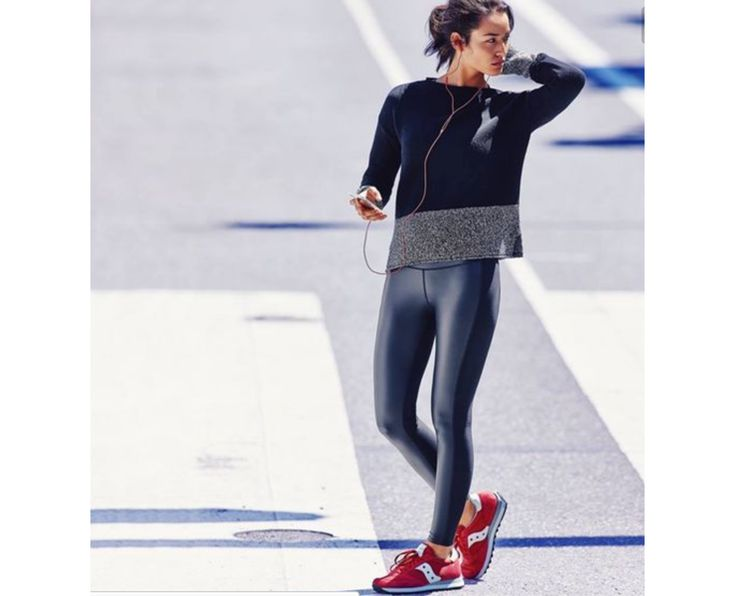 Workout wear is comfortable, practical and, thanks to the growing trend of athleisure, stylish! Athleisure is all about mixing in athletic clothes with slightly more elegant clothing to create a look that expresses your love of sports without looking like you just came from the gym.