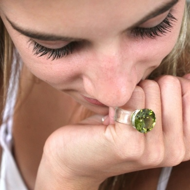 Hand made glass ring- Clear and Green - #poshprezzi