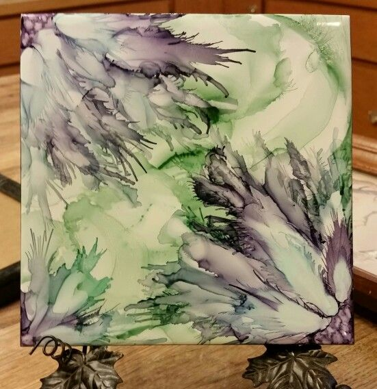 Trying some new colors. Flowers in alcohol ink on 6x6 tile by Tina