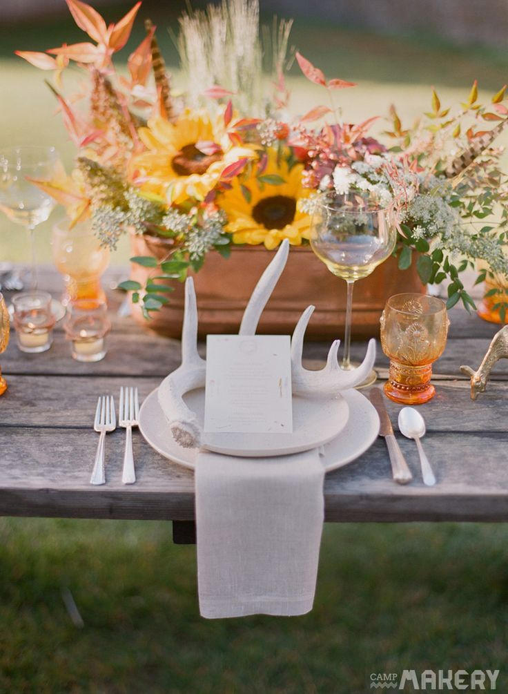 Rustic Thanksgiving & Fall Table Inspiration