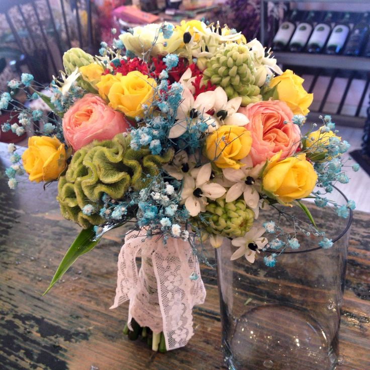 Colored flowers bridal bouquet by Atelier Floristic Aleksandra concept Alexandra Crisan