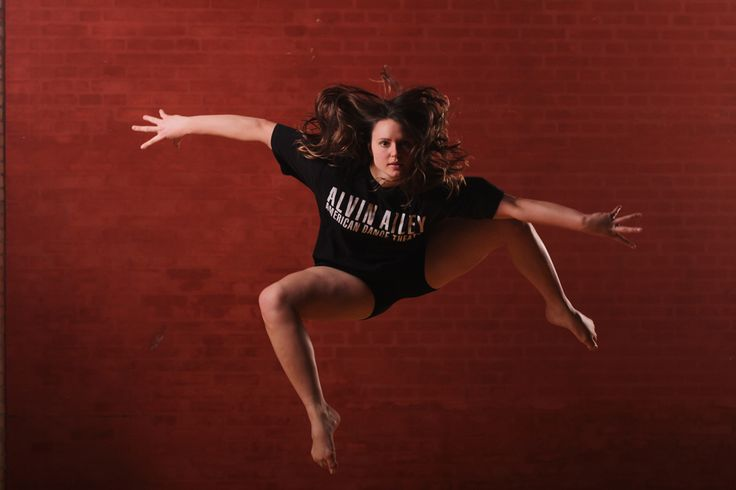 Gerlev Idrætshøjskole har landets mest markante danselinje. Vi hjælper dig på vej med at udvikle din personlige stil og forme din identitet som danser.