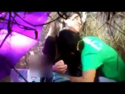 HOT VIDEO ! Salinan dari MESUM DIKEBUN#