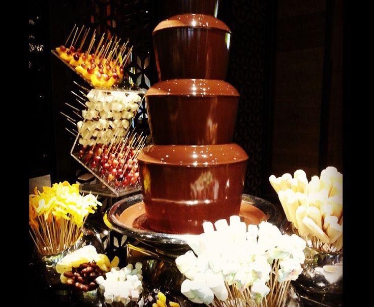 Chocolate fountain  Chocolaterie des iles stresa