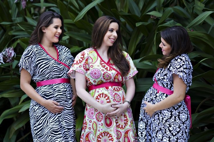 """@Tutti Bambini seriously has everything an expecting momma needs! We love these """"push gowns."""" {located in Miami, FL} #maternity: Delivery Hospitals, Delivery Gowns Y, Push Delivery, Hospitals Gowns, Tutti Bambini, Adorable Gowns, Baby, Kimonos, Push Gowns"""