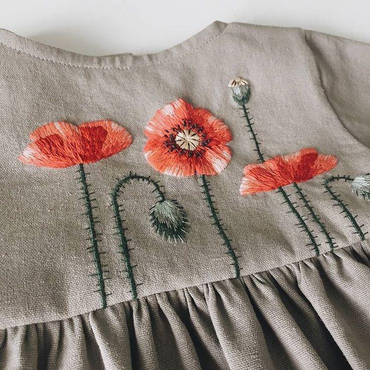 @masha_bushina #embroidery #embroideryart #linendress #flowerembroidery #handembroidery #needlepainting #вышивка #ручнаявышивка