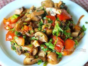 Теплый грибной салат с помидорами   На 100 г 45.57 ккал  белки - 2.3  жиры - 2.9  углеводы - 4.46