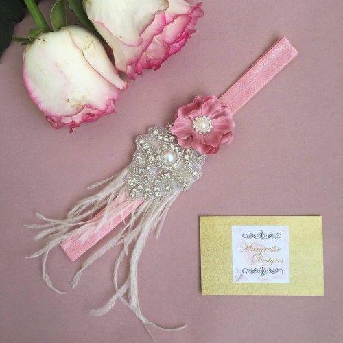 """""""Heidi"""" Unikt gammelrosa hårbånd med rhinesten, blomst og fjer"""