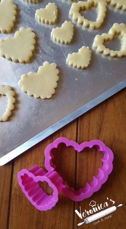 Finalmente potrete realizzare delle squisite crostate e biscotti come in pasticceria! Sul web girano tante di ricette ma questa è la classica da pasticcere!
