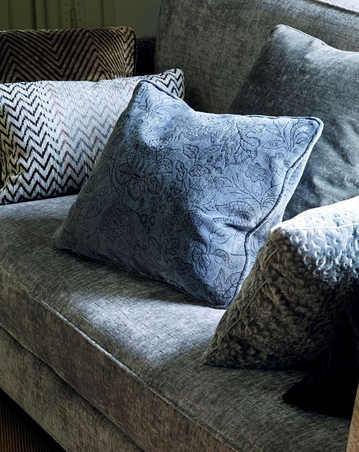 144 Best Colefax And Fowler Installations Images On Pinterest Textile Fabrics Fabric Wall
