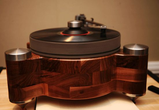 """Olympia Electronics - Groovemaster - High End Turntable"" !...  http://about.me/Samissomar"
