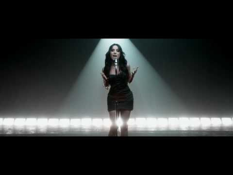 "▶ SARAH RIANI ""INTOUCHABLE"" - CLIP OFFICIEL - YouTube"