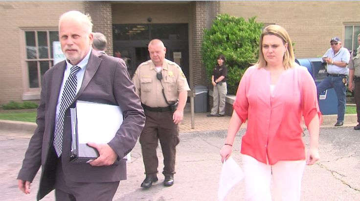 Garland Co. lawyer walks away from manslaughter charge - KATV - Breaking News, Weather and Razorback Sports