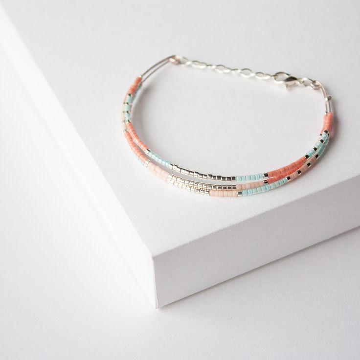 BRACELET JONC PERLES MIYUKI / : Bracelet par tadaam-bijoux
