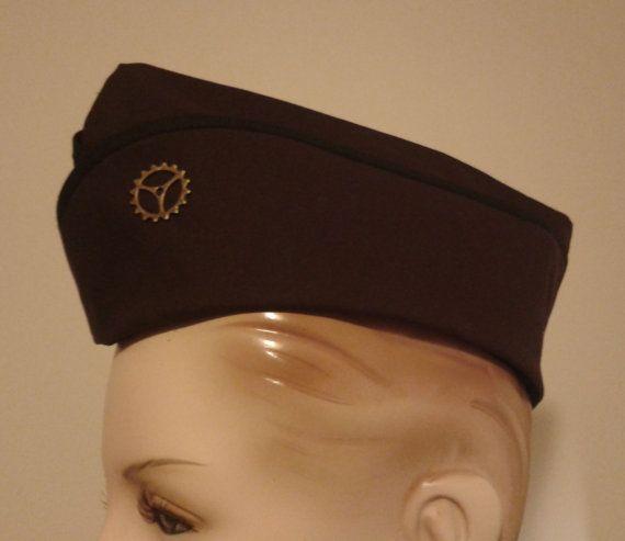 Militärischer Helm Steampunk Steam Punk Hut braun von MGDclothing, $25.95