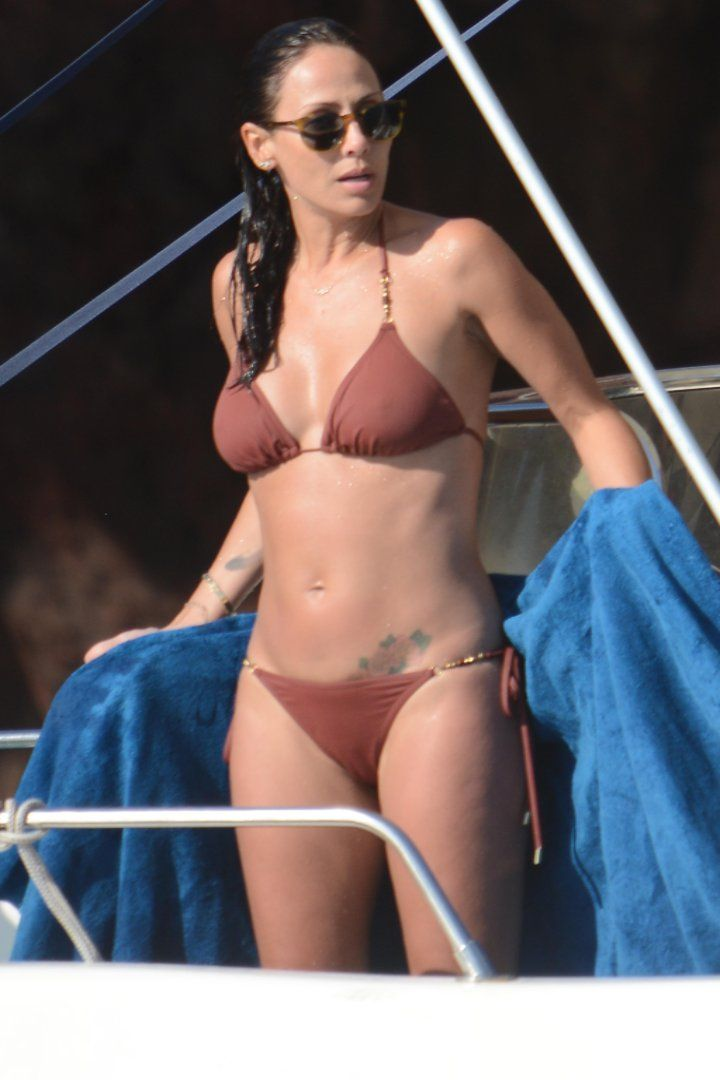 "Pin for Later: There's Nothing to Be ""Torn"" About: Natalie Imbruglia's Body Is Insane"