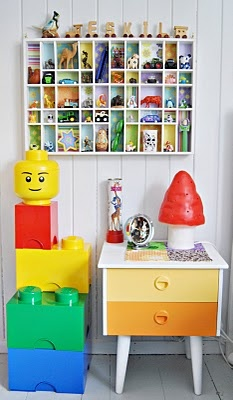 ... mea kiddos minnevinduer shadowboxes small lego small toy lego storage