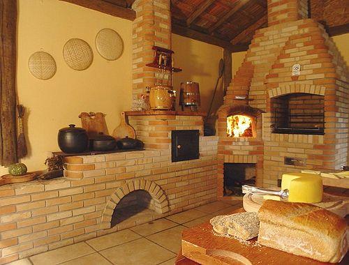 Fogão de lenha com forno a lenha e churrasqueira