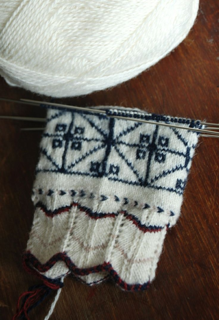 Undiin: handmade by Kristi Everst, Estonian knitting traditions