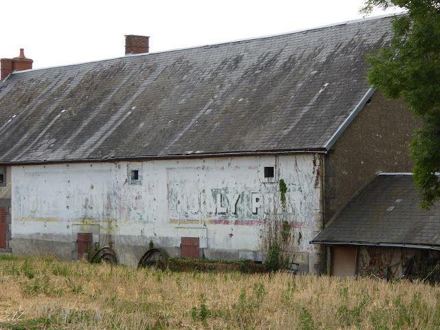 Des signes sur les murs: La Belle de Contigny: Noilly et Rasurel