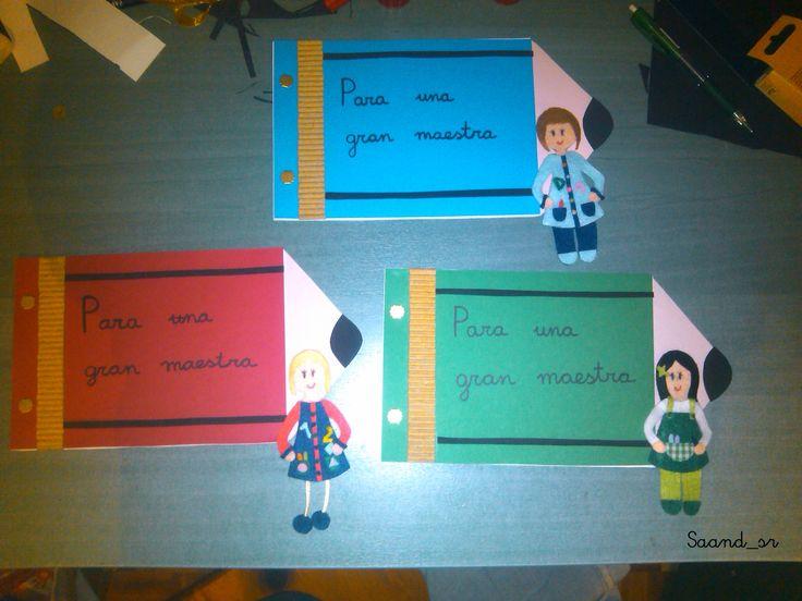 Muñecas personalizadas de fieltro y cuaderno (regalo para maestras).