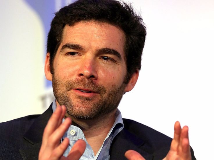 A top LinkedIn exec says the Dalai Lama parable CEO Jeff Weiner told him  at their first meeting changed his management style