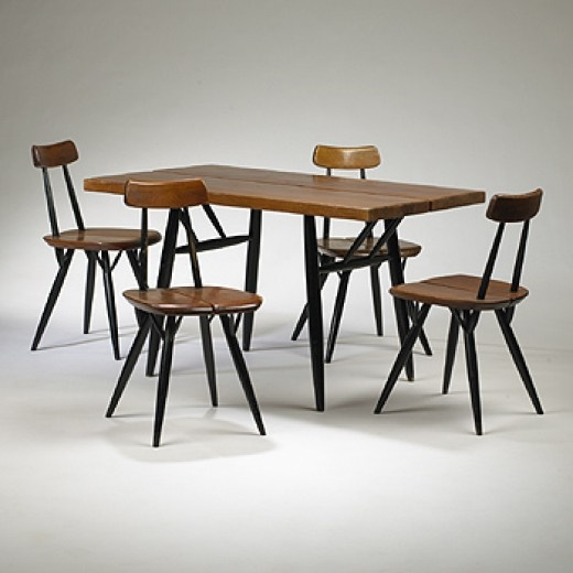 Pirkka dining table and chairs, Ilmari Tapiovaara (1955)