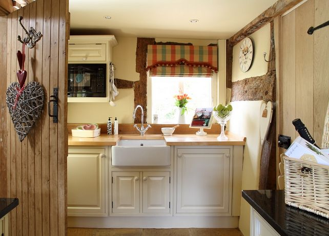Best 25 small country kitchens ideas on pinterest country kitchen small kitchens and cottage - English cottage kitchen designs ...