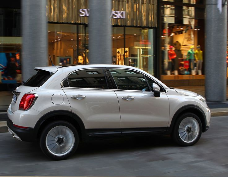 Fiat 500X right side