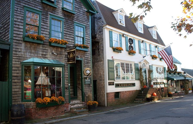 A Fall City Guide to Newport, Rhode Island