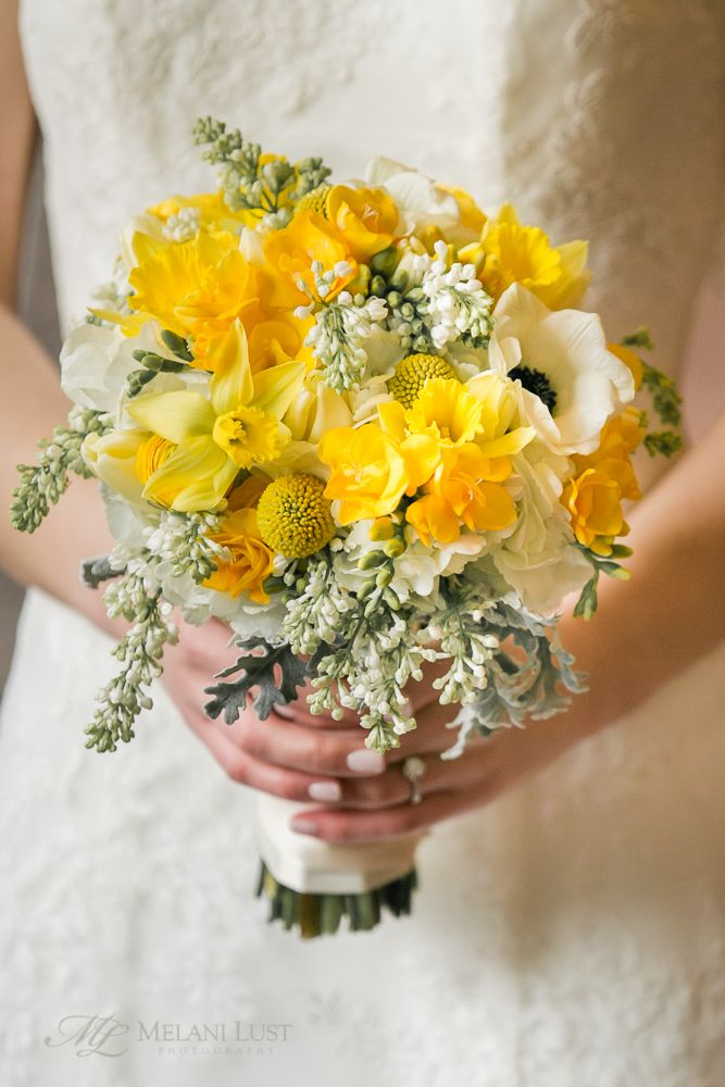 ©MelaniLustPhotography. Bright, fun, yellow and white wedding bouquet for CT bride, cheery for winter! By Fleur de Lys.
