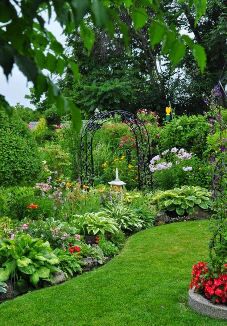 best 25 backyard garden design ideas on pinterest backyard plants side yard landscaping and shade garden