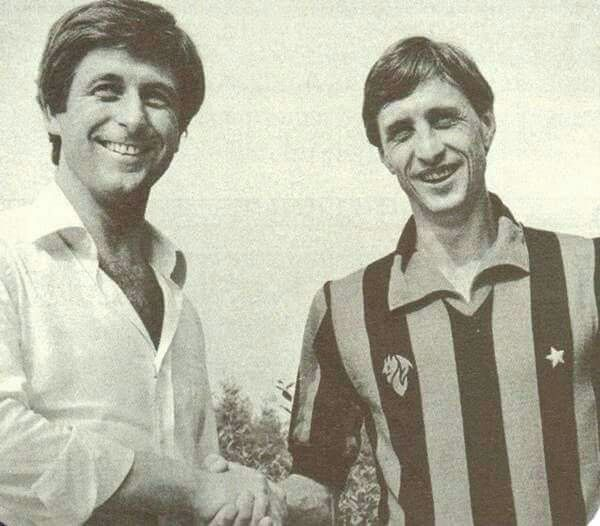 Johan Cryuff played a friendly in an AC Milan shirt.