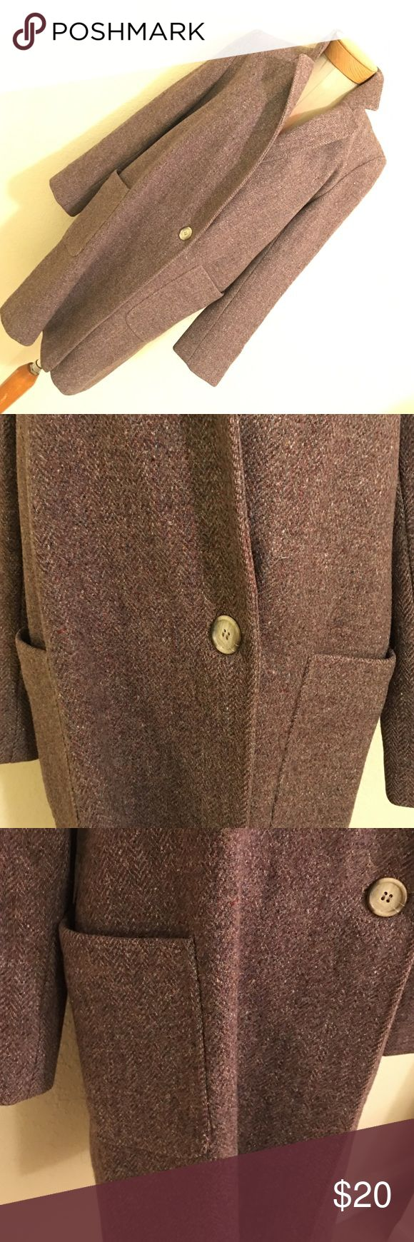 Gorgeous Larry Levine Coat Lining needs sewing. Check pictures Larry Levine Jackets & Coats