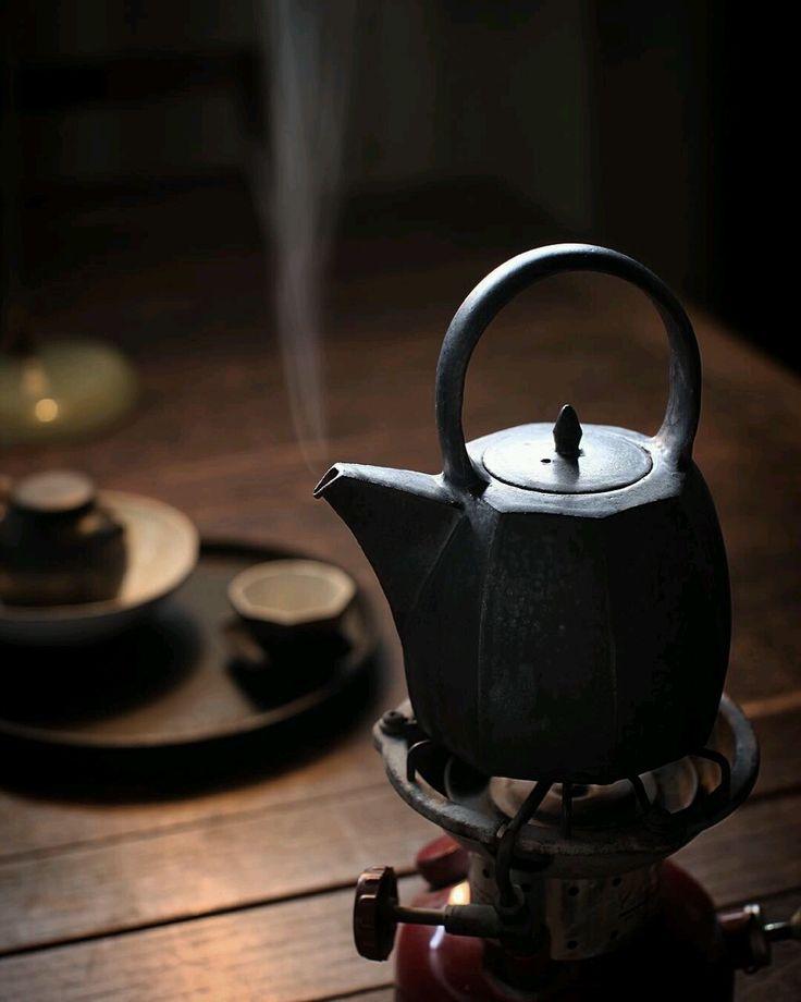 泡一壶暖心茶,与岁月,与那个怜惜的人,共老。