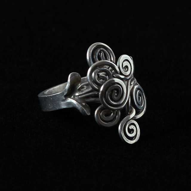 Sterling silver ring, tendril pattern silver ring by intuitashop on Etsy