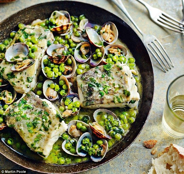 Bacalao en salsa verde (Cod with peas and parsley) from Omar Allibhoy