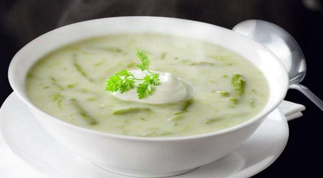 sopa de espárragos  9Ricas sopas para darle variedad atumenú