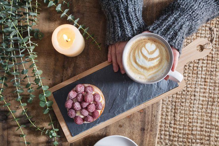 Colección de cocina de muy mucho.  #muymucho #ilovedeco #café #desayuno #merienda #hygge #decoración #amor #familia #amigos #amistad #tazas #mugs #pizarra #madera #bandeja #hogar #pasteles #fresas