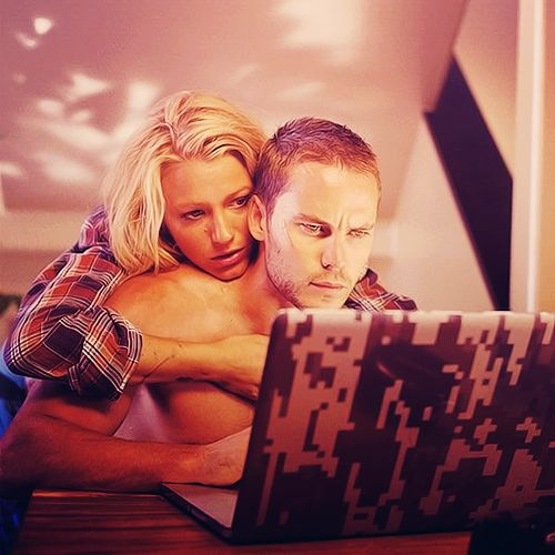 taylor kitsch savages - Google Search