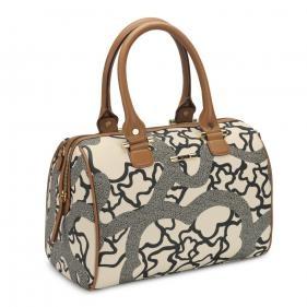 love this Tous bag