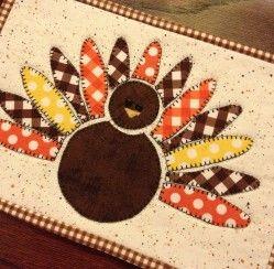 Free Turkey Gobble Mug Rug Tutorial and Free Thanksgiving Printables