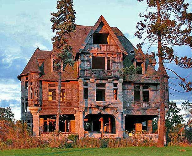 Victorian Abandoned