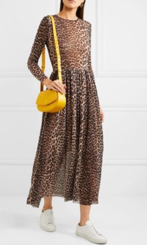 00f76f80 Ganni Leopard Print Dress (Sold Out/Blogger Favourite) 8/36 Would Fit 8/10